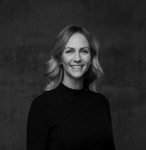 Madeleine Lundberg, Front Desk Manager & Digital Expert at Porsche Center Asker & Bærum.